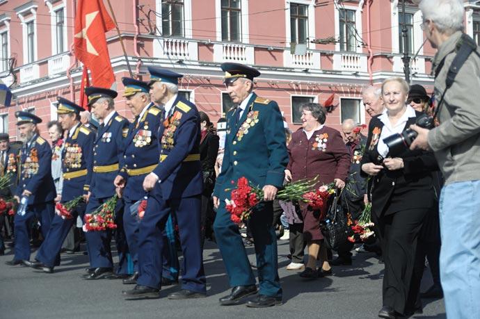 Парад ветеранов войны 2013 на невском