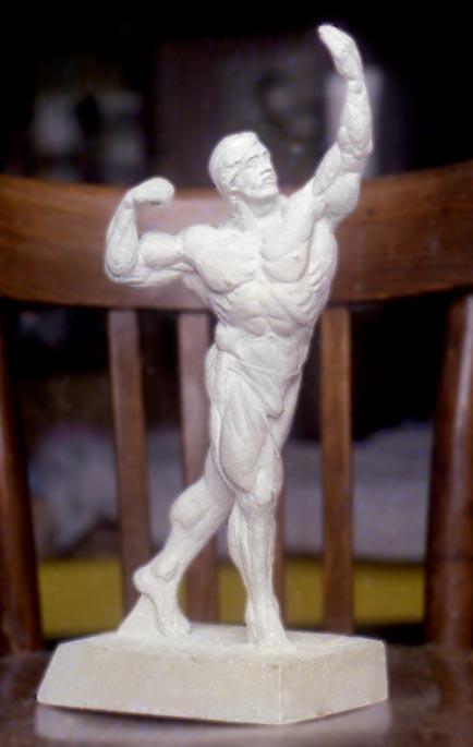 Гипсовая модель скульптура культуриста