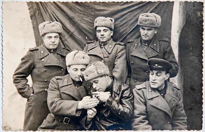 Старая фотография - офицеры 1941-1945