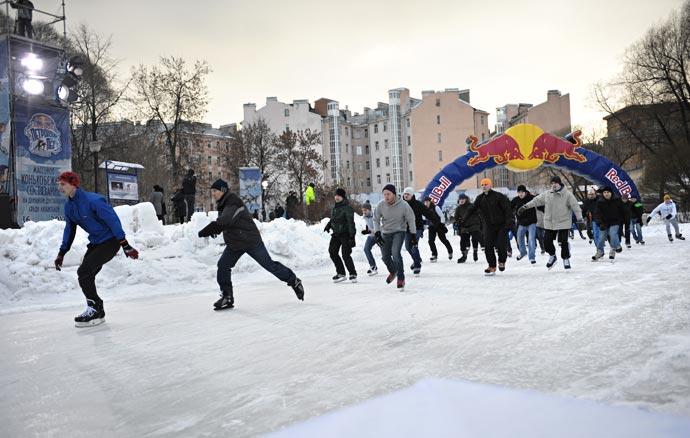 Петровский лед на Юсуповском пруду (2013) - массовое конькобежное состязание среди любителей